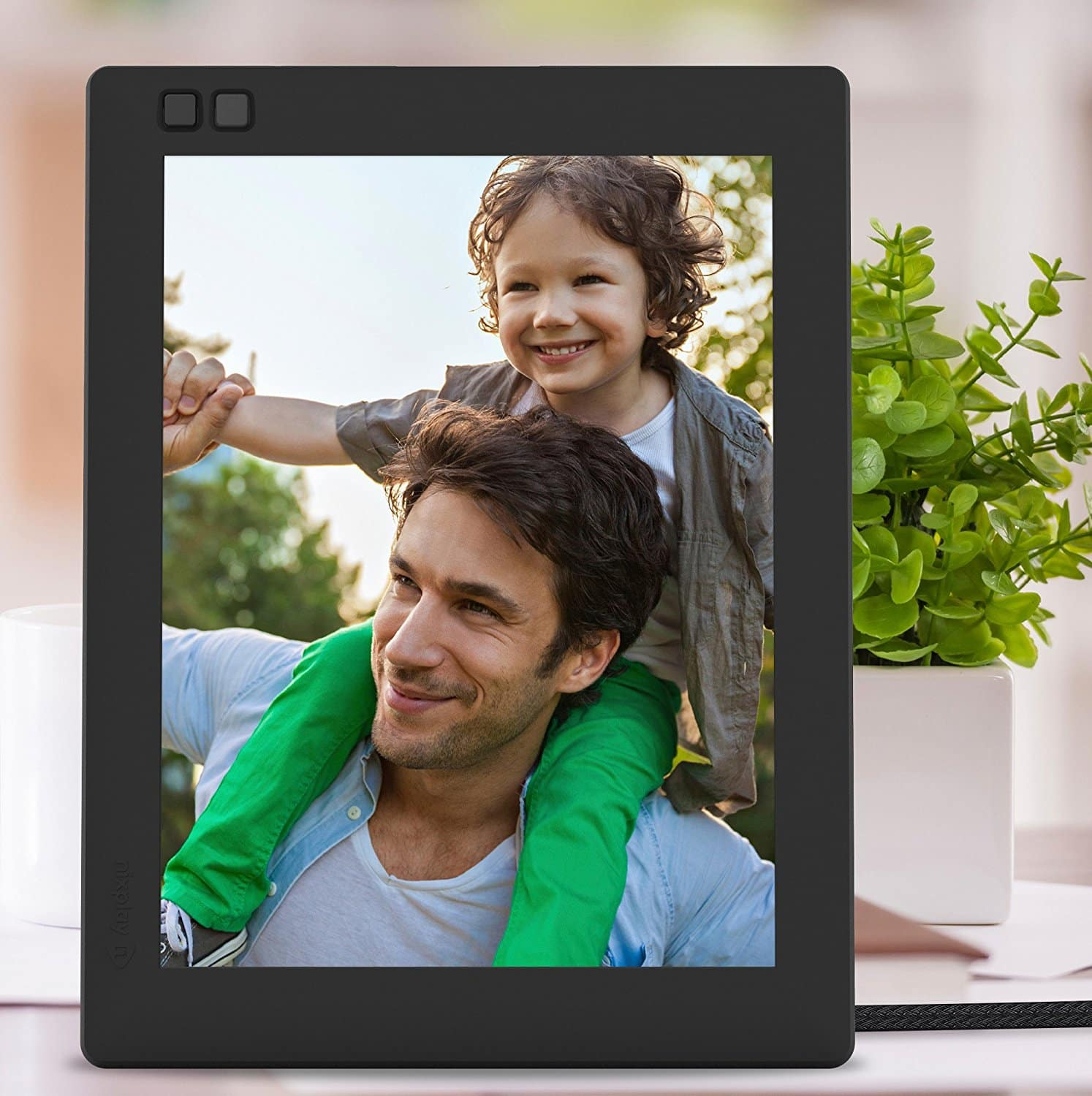 Nixplay Seed 8 inch WiFi Digital Photo Frame Reviews, Coupons, and...